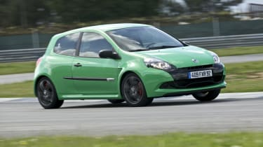 Renaultsport Clio 200 Cup on track
