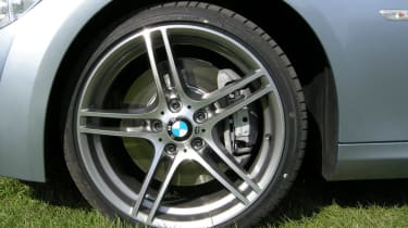 335i wheel grass
