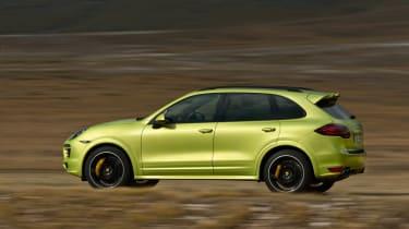 Porsche Cayenne GTS bright green