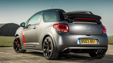 Citroen DS3 Cabrio Racing roof down