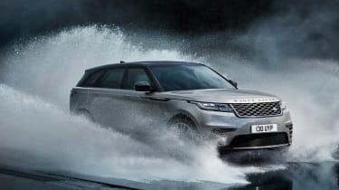 Range Rover Velar - front off roading