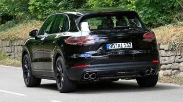 Porsche Cayenne spy shot rear 5