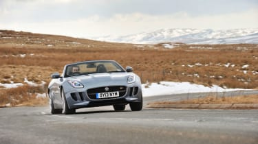 Jaguar F-type V6S cornering