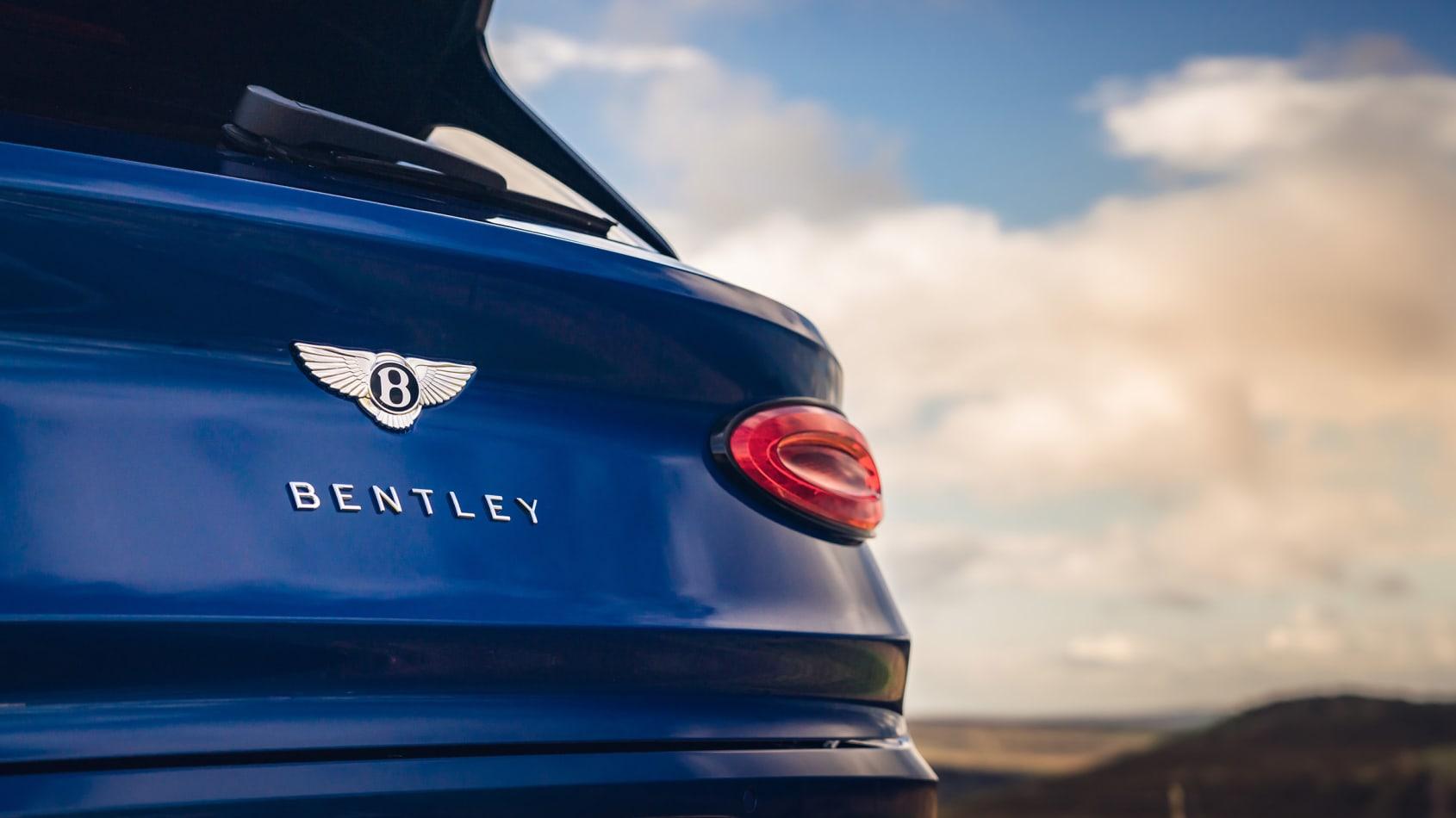 [Image: New-Bentayga---Sequin-Blue-%2817%29.jpg]