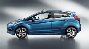 2013 Ford Fiesta 5 door side profile