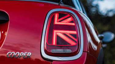 MY18 Mini Cooper hatch - rear lights