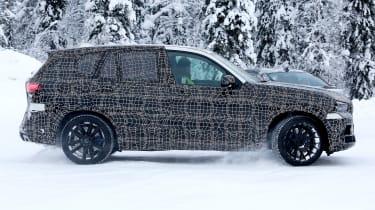 BMW X5 M spies – side
