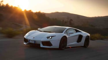 Lamborghini Aventador LP700-4 | evo