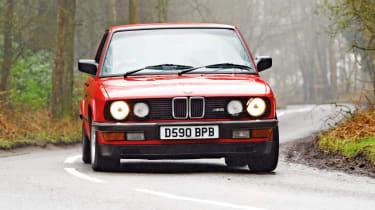 BMW M5 E28 red
