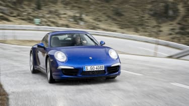Porsche 911 Carrera 4S video review