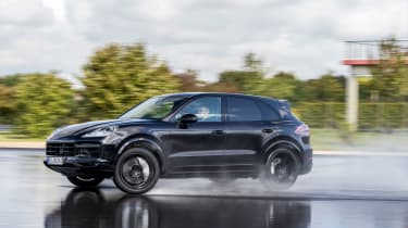 2018 Porsche Cayenne Turbo - Side