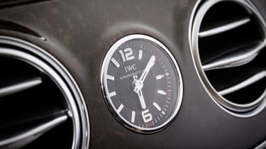 Mercedes S65 AMG clock