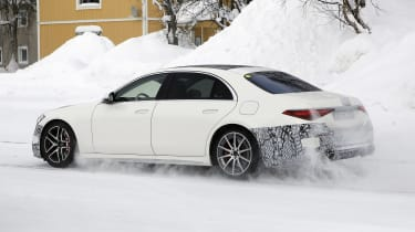 Mercedes-AMG S63 2021 spy 2 snow