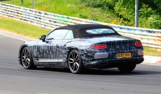 Bentley Continental GT C spy 2018 - rear quarter