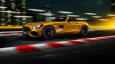 Mercedes-AMG GT S Roadster – side