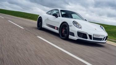 Porsche 911 Carrera 4 GTS - Tandy