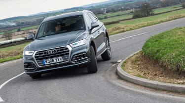 Audi Q5 - front cornering