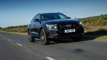 Audi SQ8 TFSI 2021 – front tracking