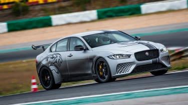Jaguar XE SV Project 8 - turning