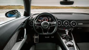 Audi TTS – interior