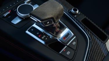 Audi RS4 – gear selector