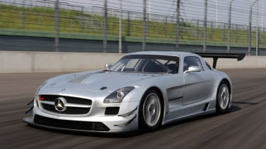 Mercedes-Benz SLS AMG GT3 racing car track video