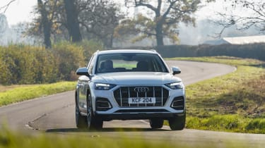 Audi Q5 2021 – front cornering