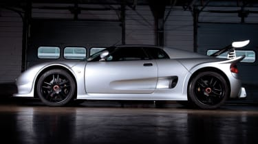 Noble M12 GTO silver, side profile