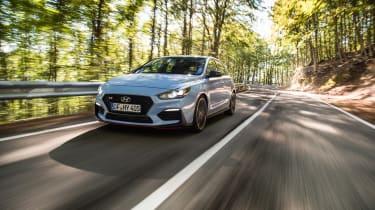 Hyundai i30 N  - front quarter driving