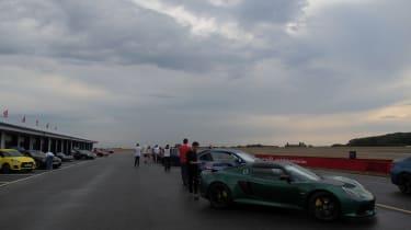 evo Trackday Bedford 27AUG - carpark