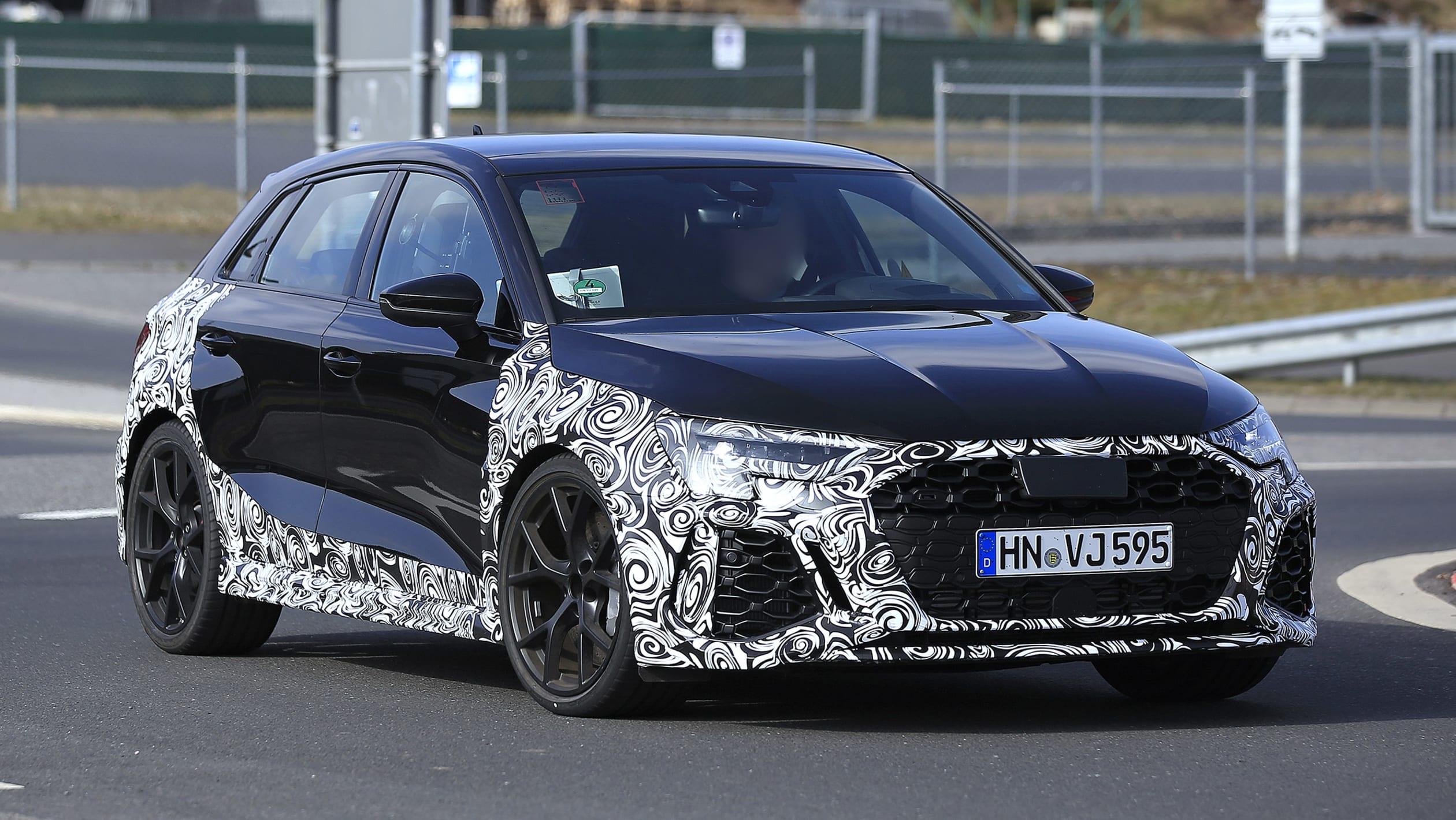Audi-RS3-002.jpg