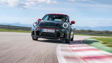 2021 Mini JCW revealed - front tracking