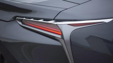 Lexus LC500 MY21 - lamps