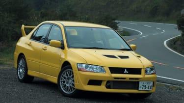 Mitsubishi Lancer Evolution VII - yellow static