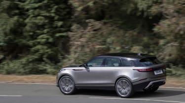 Range Rover Velar - rear tracking