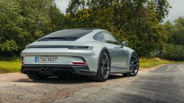Porsche 911 GT3 Touring 992 review