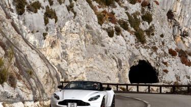 Aston Martin DB11 Volante - nose
