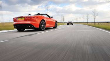 Jaguar F-type V8 S vs Aston Martin V8 Vantage Roadster