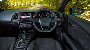 SEAT Leon Cupra ST Carbon Edition - dash