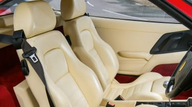 Ferrari F355 – seats
