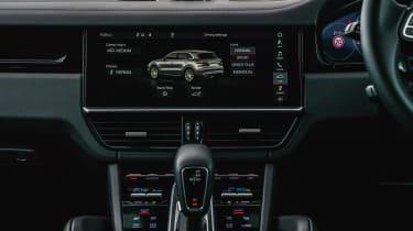 Porsche Cayenne Turbo - Infotainment