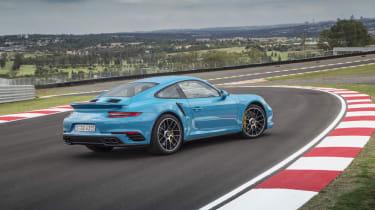 991.2 Porsche 911 Turbo S - rear static 4