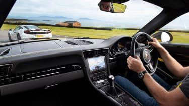 Future icons Carrera T interior