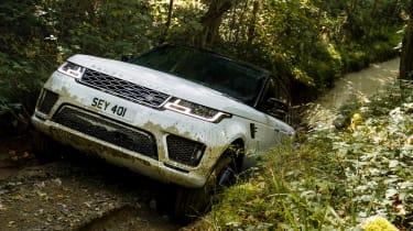 Range Rover Sport Plug-in - on road