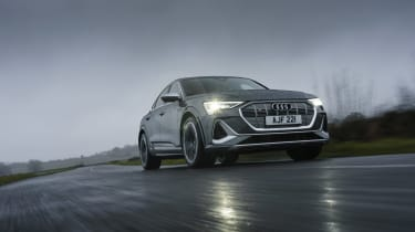 Audi e-tron S Sportback - tracking