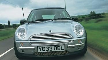 Mini Cooper R50 - front