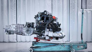 Porsche Classic Project Gold - Engine
