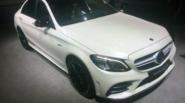 2018 Mercedes-AMG C43 saloon – front quarter