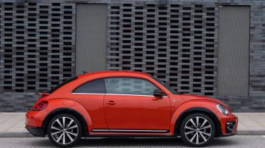 Volkswagen Beetle R-Line side