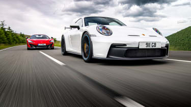 992 GT3 group test – 911 tracking low